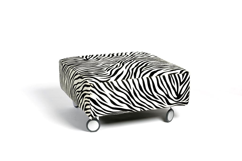 pouf zebrato con ruote